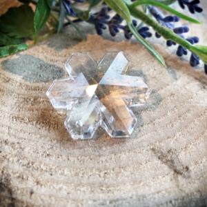 Kristallen kristalvormige raamhanger 3,5 cm